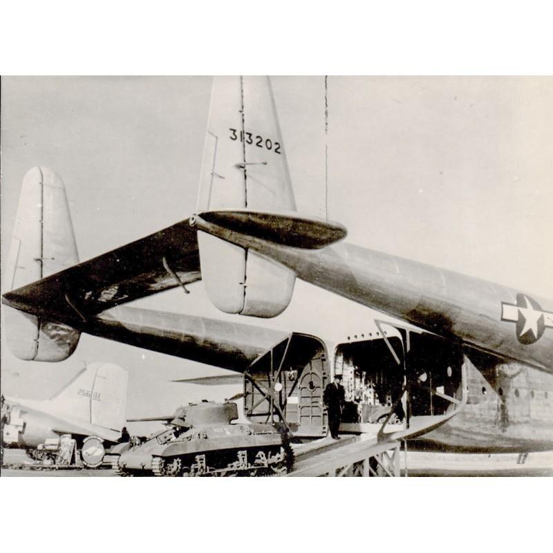 U.S. Air Force: C-28 Military Cargo Plane at Washington Transport Plane Exhibition. Original Fotografie (1944-45)