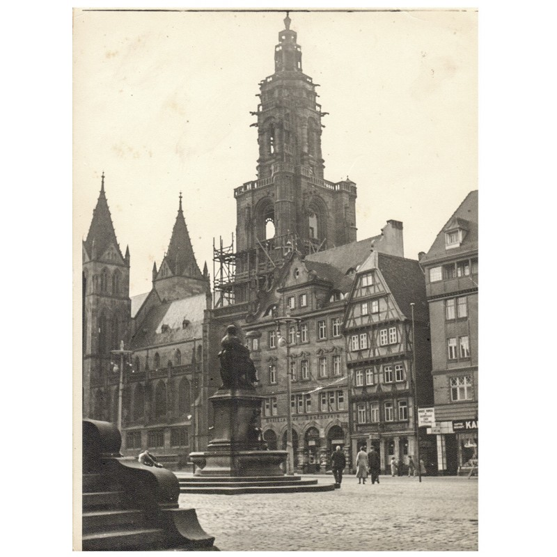 Heilbronn in den 1930er Jahren: Kiliankirche, davor: Heilbronner Bankverein. Original-Fotografie (1930er Jahre).