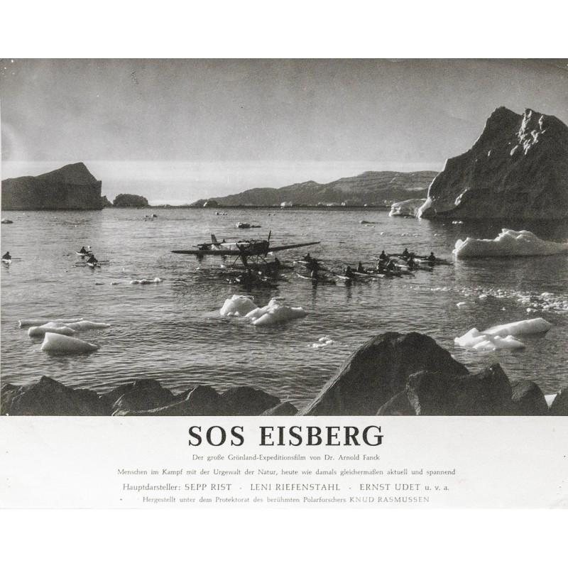 S.O.S. Eisberg - Flugzeug im Eismeer mit paddelnden Eskimos. Original-Fotografie (1933)