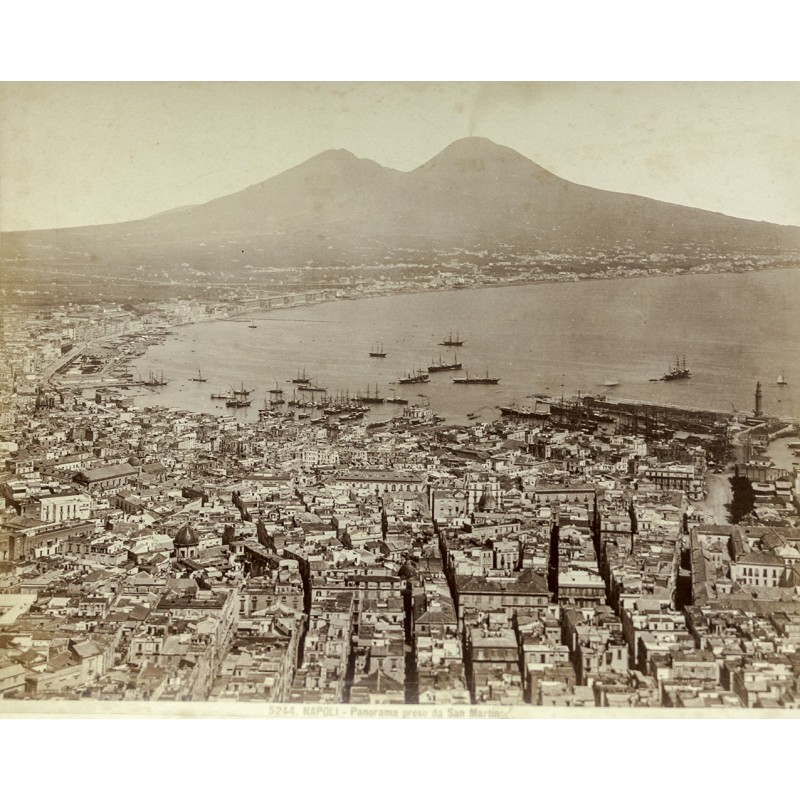 Anonymer Fotograf: Neapel - Napoli. Panorama preso da San Martino. Original Fotografie. Albumin-Abzug (ca. 1885).