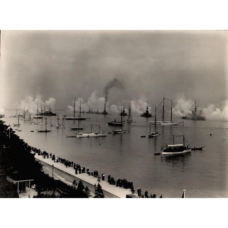 Breuer, Hans: Salut der englischen Kriegsmarine anlässlich der Kieler Woche 1914