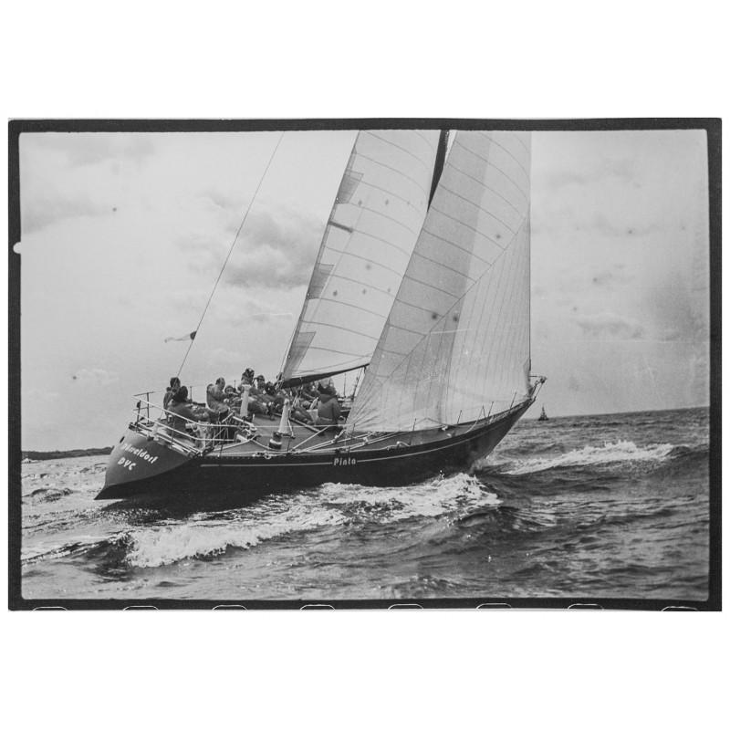 Kieler Woche - Neumann, Peter - Yps: Die Yacht Pinta. Original Fotografie.